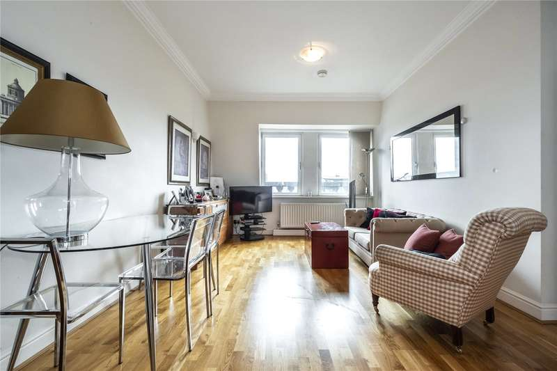 2 Bedrooms Flat for sale in Trinity Square, London, EC3N
