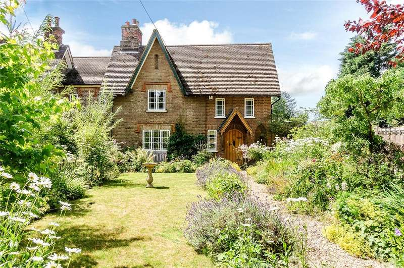 3 Bedrooms House for sale in Windy Nook, Bower Heath Lane, Bower Heath, Harpenden