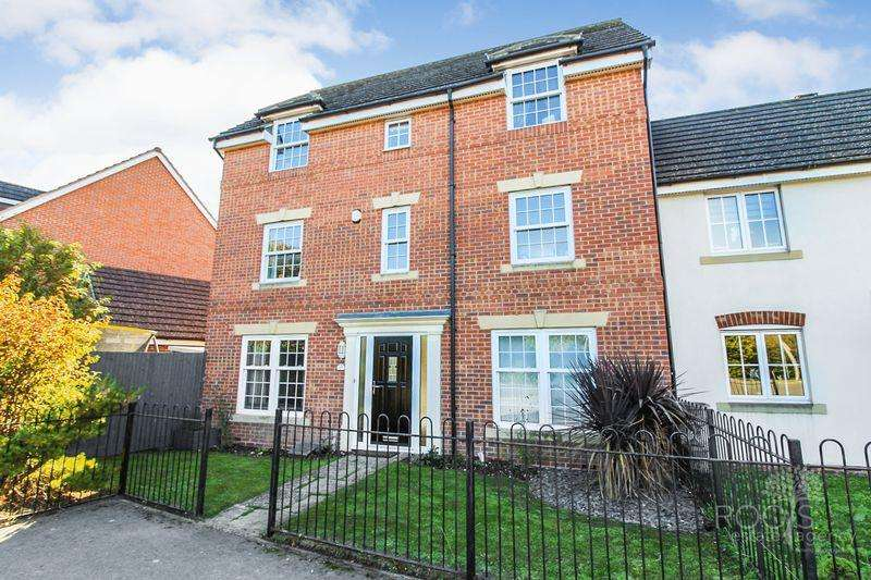 5 Bedrooms End Of Terrace House for sale in Station Road, Thatcham