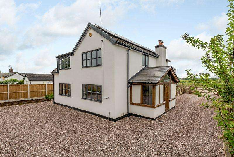 4 Bedrooms Detached House for sale in Wrenbury, Nr. Nantwich