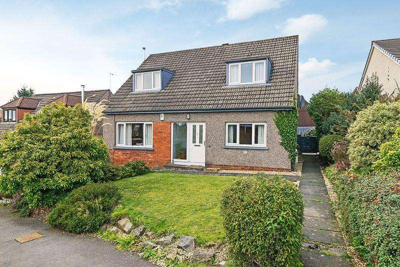 3 Bedrooms Detached House for sale in 11 Canmore Grove, Dunfermline, KY12 0JT