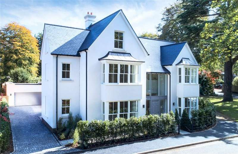 5 Bedrooms Detached House for sale in Hurst House, Old Gardens, Park Road, Winchester, SO22