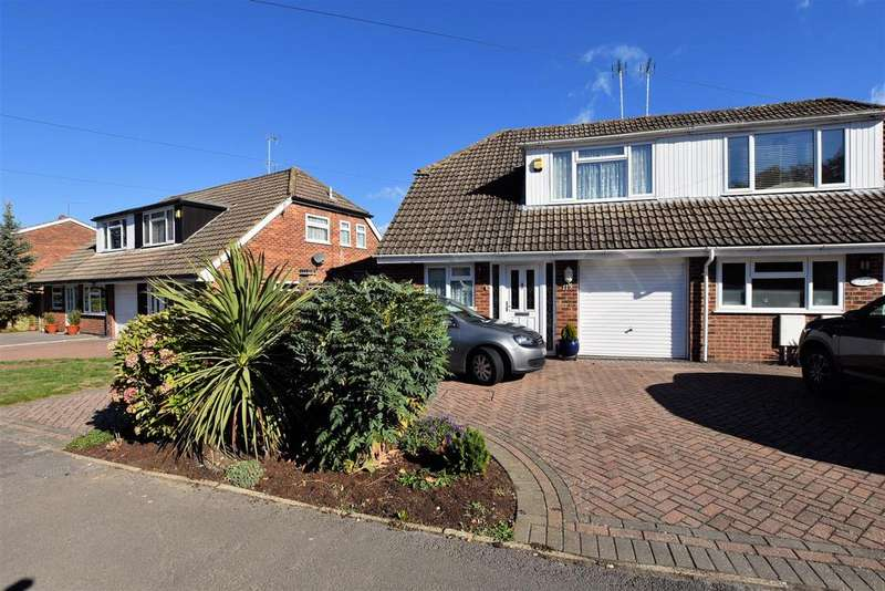 3 Bedrooms Semi Detached House for sale in Mayfair, Tilehurst, Reading