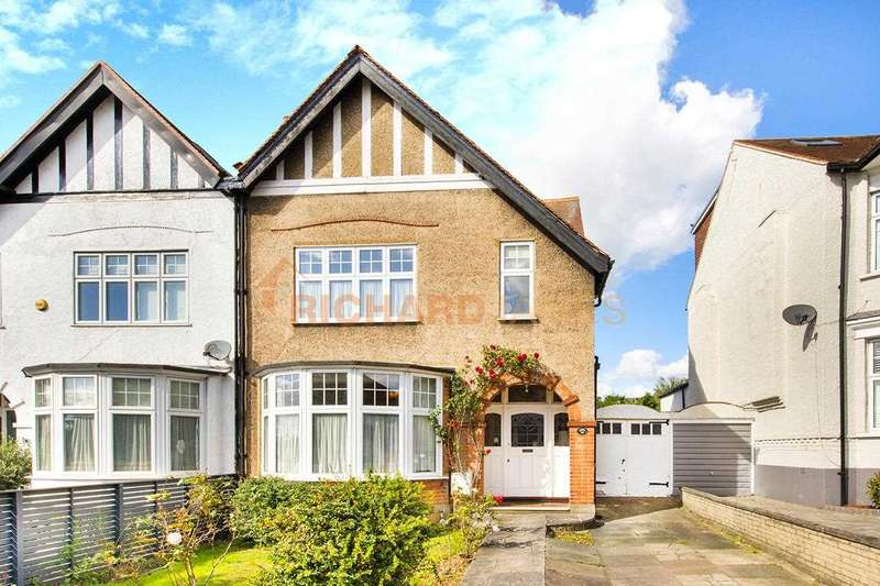 3 Bedrooms Semi Detached House for sale in Woodcroft Avenue, Mill Hill