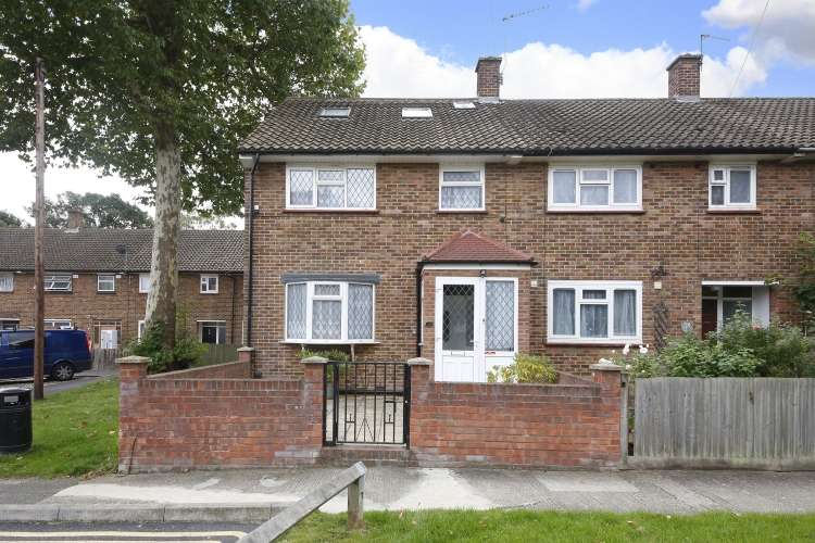 4 Bedrooms End Of Terrace House for sale in Sandstone Road London SE12