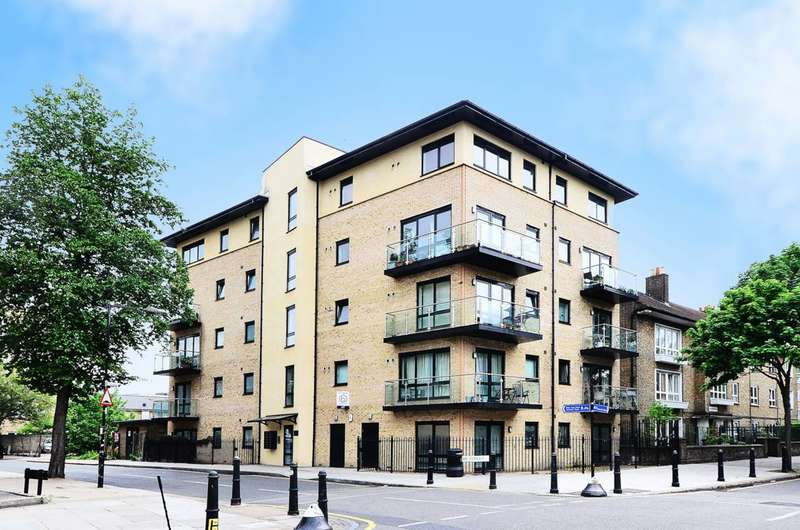2 Bedrooms Flat for sale in Digby Street, Bethnal Green, E2