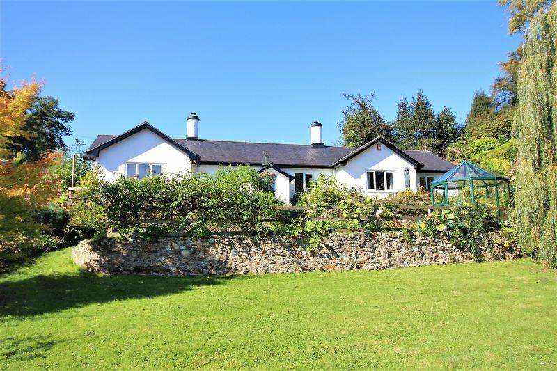 3 Bedrooms Detached Bungalow for sale in Yarcombe, Honiton, Devon, EX14