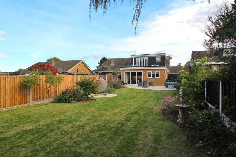 3 Bedrooms Semi Detached Bungalow for sale in Chaplin Close, Chelmsford, Essex, CM2