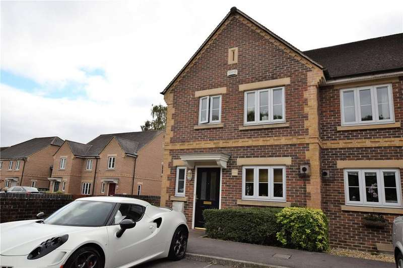 3 Bedrooms Semi Detached House for sale in Hunters Hill, Burghfield Common, Reading, RG7