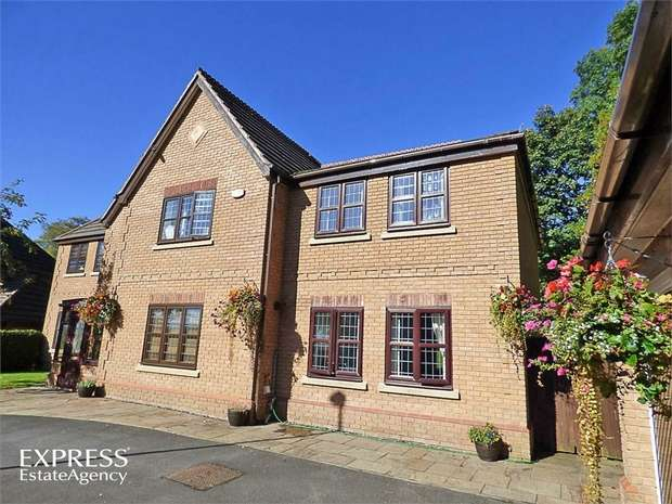 6 Bedrooms Detached House for sale in Redwing Avenue, Great Harwood, Blackburn, Lancashire