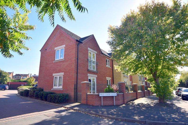 2 Bedrooms Apartment Flat for sale in Field Farm Close, Loughborough