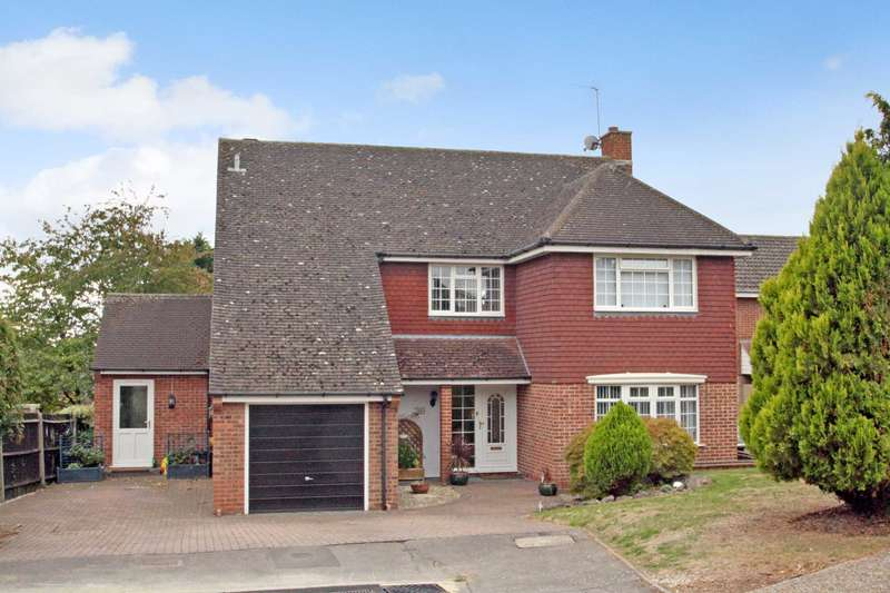 4 Bedrooms Detached House for sale in Loxwood, Earley