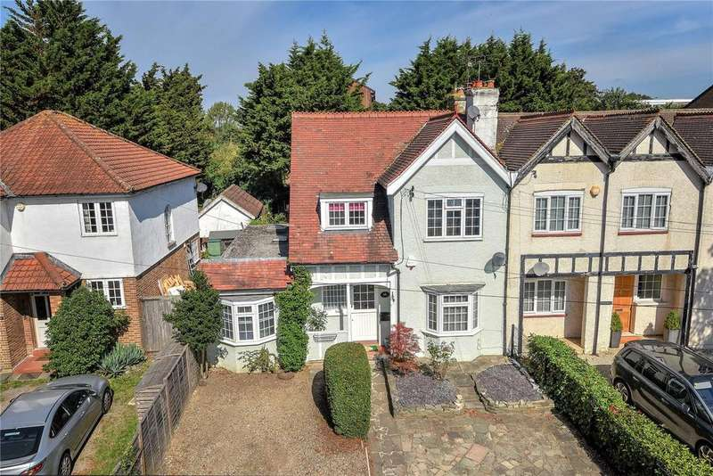 4 Bedrooms Semi Detached House for sale in Perivale Lane, Perivale, UB6