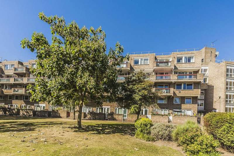 3 Bedrooms Flat for sale in Amberley Estate, W9