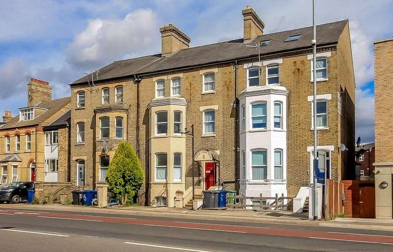 6 Bedrooms Terraced House for sale in Huntingdon Road, Cambridge, CB3