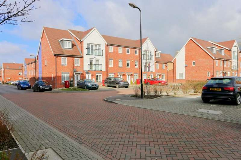1 Bedroom Ground Flat for sale in SLOUGH, BERKSHIRE