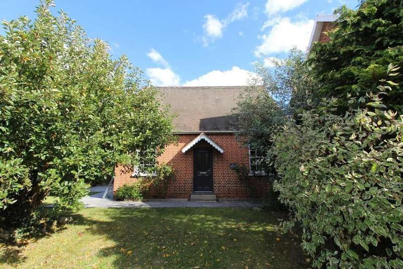 3 Bedrooms Semi Detached House for sale in Station Terrace, Station Road, Hatfield Peverel, Chelmsford, CM3