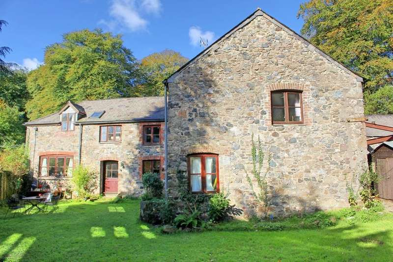 6 Bedrooms Barn Conversion Character Property for sale in Buckfastleigh, Devon
