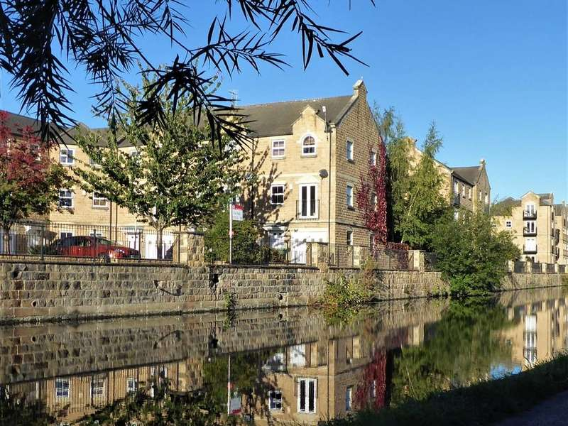 3 Bedrooms Town House for sale in Waterside Court, Rodley