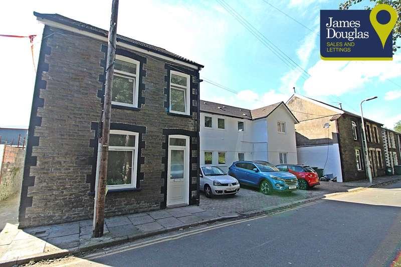 8 Bedrooms Flat for sale in Ty Camlas, Pontypridd, Rhondda Cynon Taff, CF37 4DA