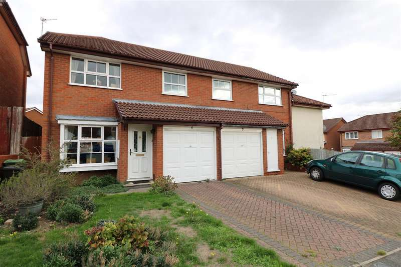 3 Bedrooms Semi Detached House for sale in Hawley Close, Calcot, Reading