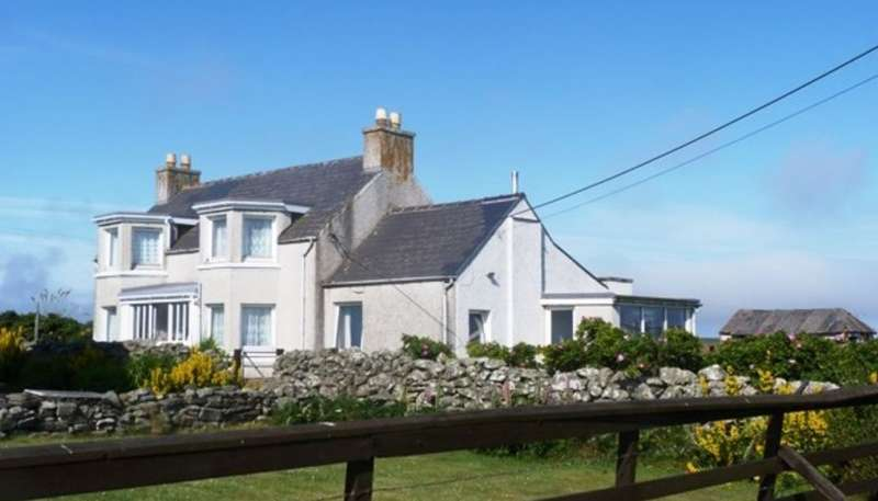 3 Bedrooms Detached House for sale in 8, Brue, Isle Of Lewis, Western Isles