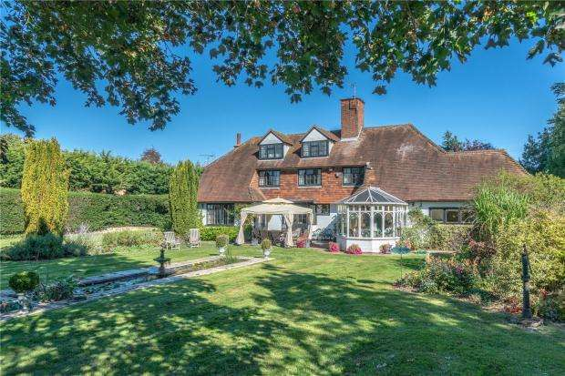 5 Bedrooms Detached House for sale in Huntingdon Road, Girton, Cambridge