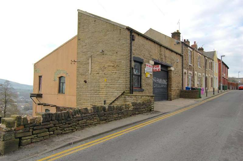 1 Bedroom End Of Terrace House for sale in Carrhill Road, Mossley, Ashton-under-Lyne, OL5 0QT