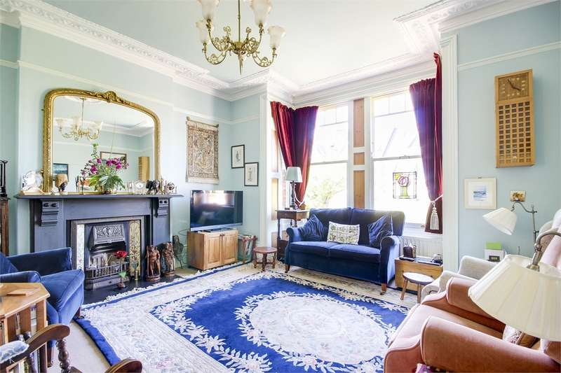 4 Bedrooms Semi Detached House for sale in Cecile Park, Crouch End, London