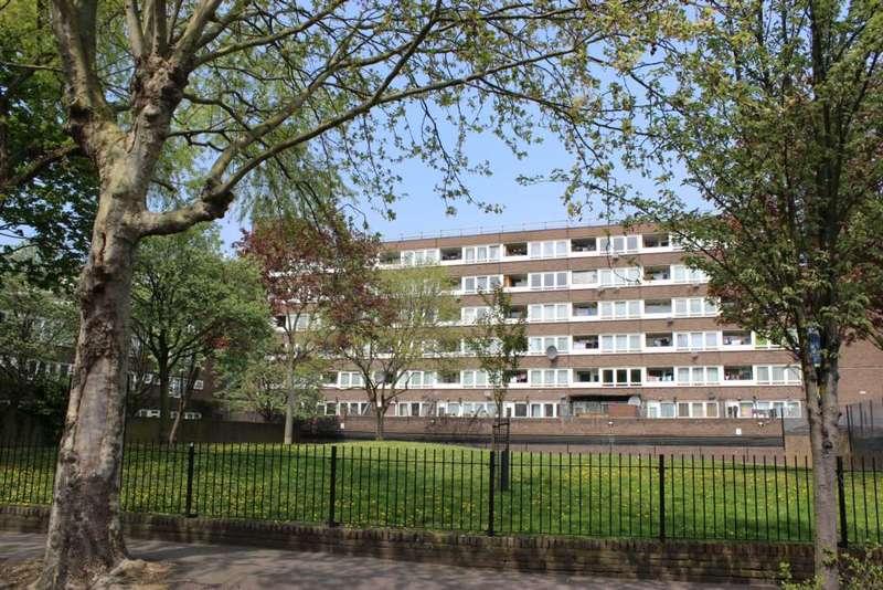 2 Bedrooms Maisonette Flat for sale in Brenthouse Road, Hackney