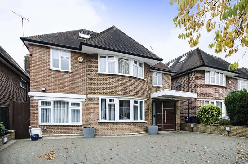5 Bedrooms House for sale in Connaught Drive, Hampstead Garden Suburb, NW11