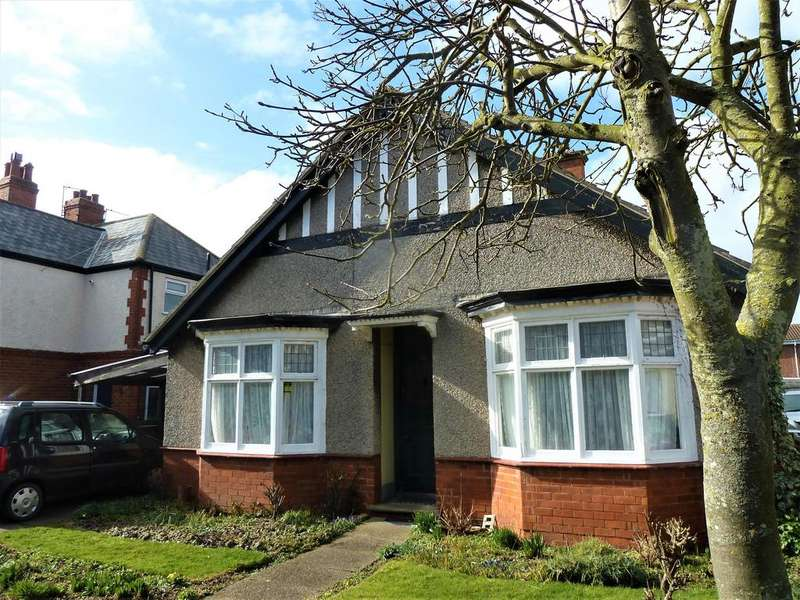 3 Bedrooms Detached Bungalow for sale in George Street, Mablethorpe, LN12