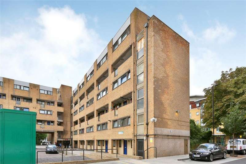 4 Bedrooms Maisonette Flat for sale in Bramfield Court, 50 Queens Drive, London, N4