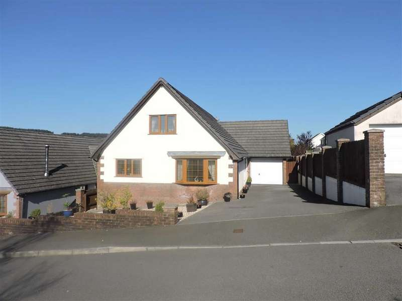 4 Bedrooms Property for sale in Bryn Mwyn, Gorslas