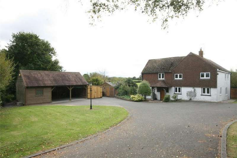 4 Bedrooms Detached House for sale in Denbigh Road, Hooe