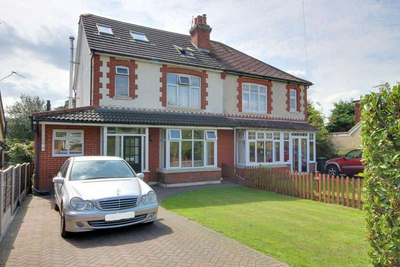 4 Bedrooms Semi Detached House for sale in COWPLAIN