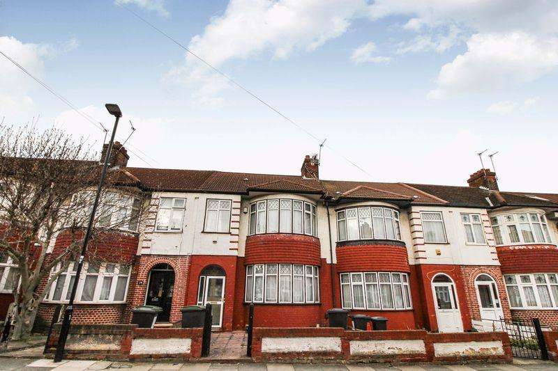 3 Bedrooms Terraced House for sale in Mayfair Gardens London N17