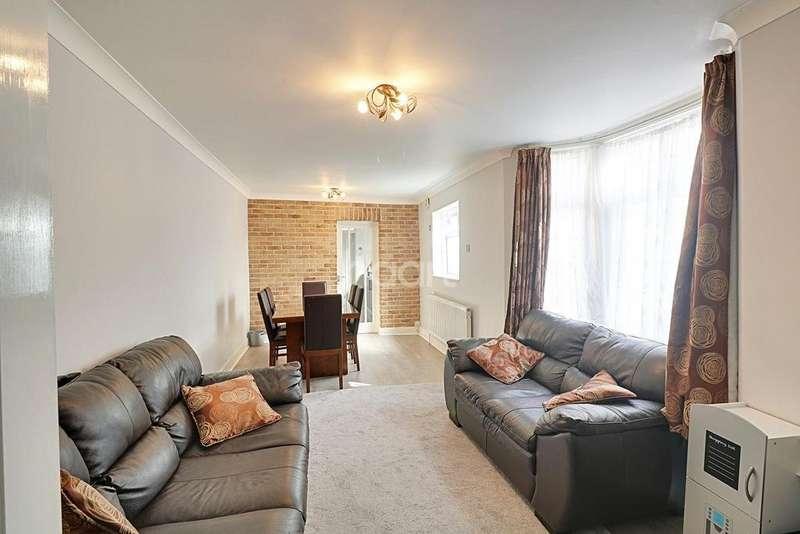 3 Bedrooms Terraced House for sale in BOLEYN ROAD, LONDON, E7