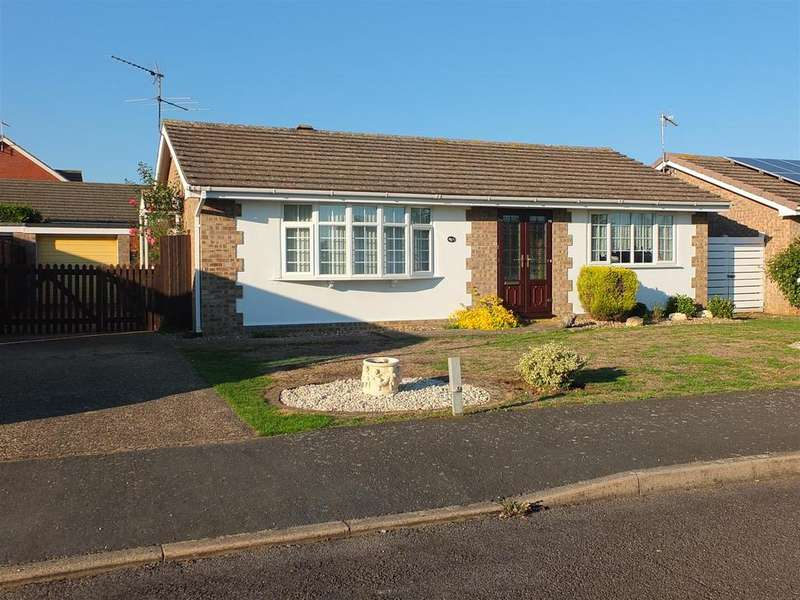 2 Bedrooms Detached Bungalow for sale in Glebe Close, Quarrington, Sleaford