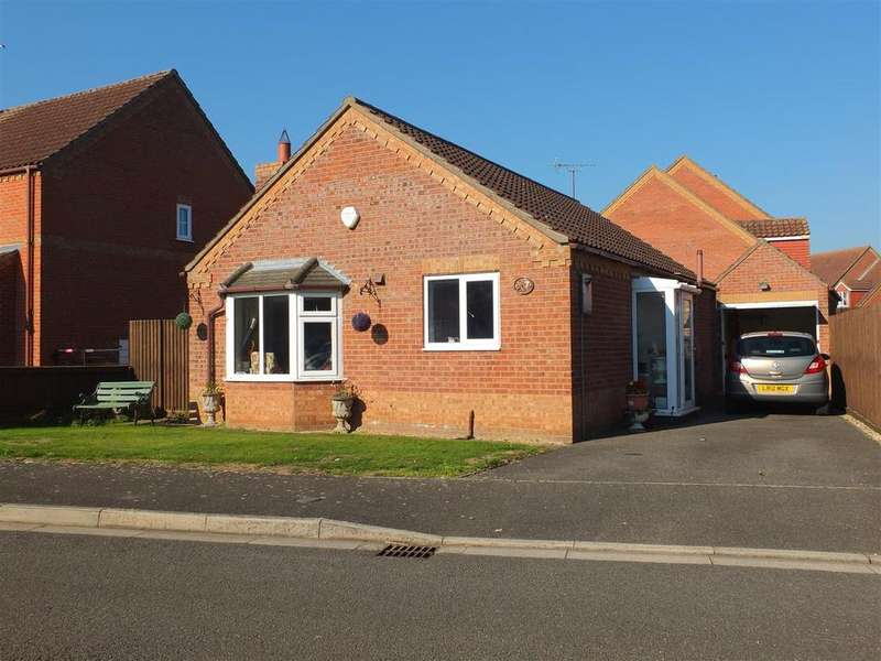 2 Bedrooms Detached Bungalow for sale in Field Road, Billinghay, Lincoln