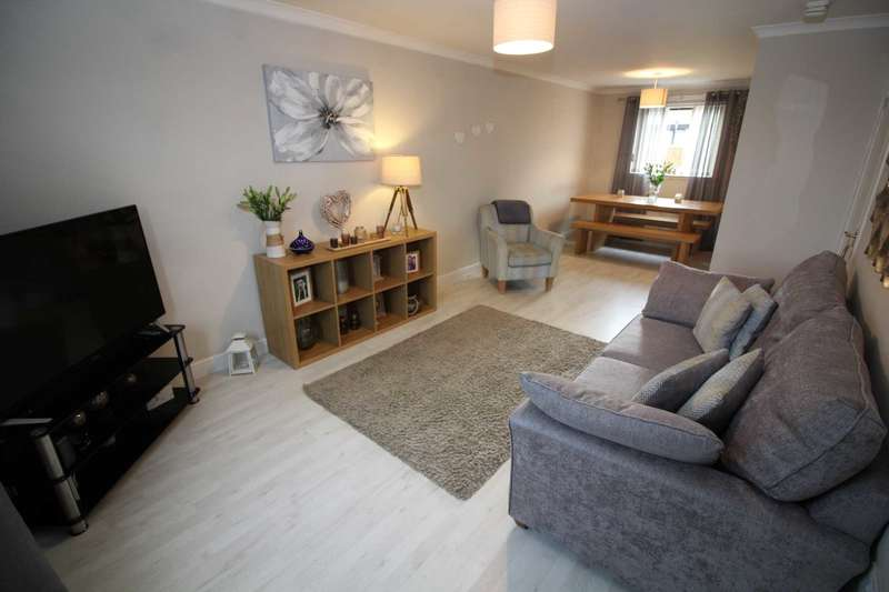 2 Bedrooms Semi Detached House for sale in McEwan Crescent, Ayr