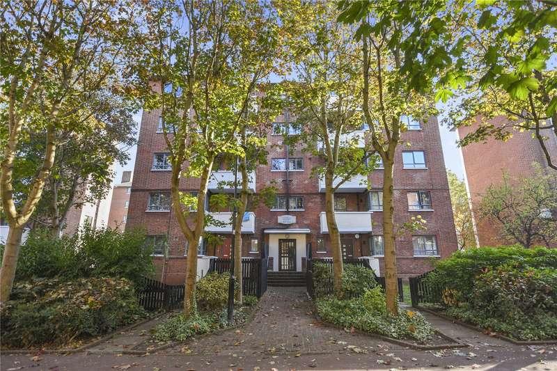 2 Bedrooms Flat for sale in Curran House, Brecknock Road Estate, London, N19