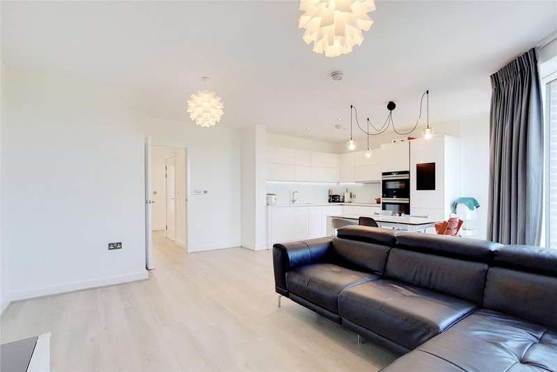 3 Bedrooms Flat for sale in Olympic Park Avenue, London, E20