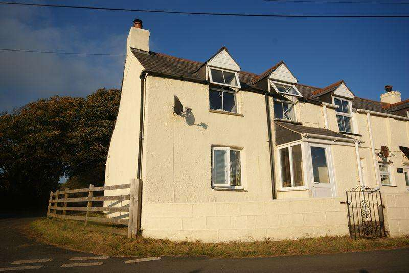 2 Bedrooms Semi Detached House for sale in Trevia Walls, Camelford