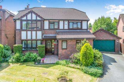 4 Bedrooms Detached House for sale in Edward Gardens, Martinscroft, Warrington, Cheshire