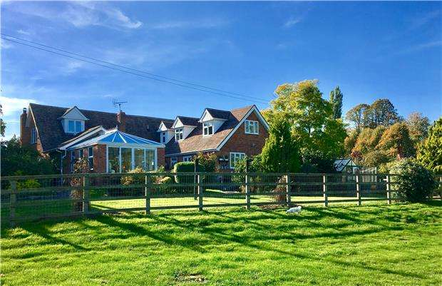 6 Bedrooms Detached House for sale in Churchend, Bushley, TEWKESBURY, Gloucestershire, GL20 6HT