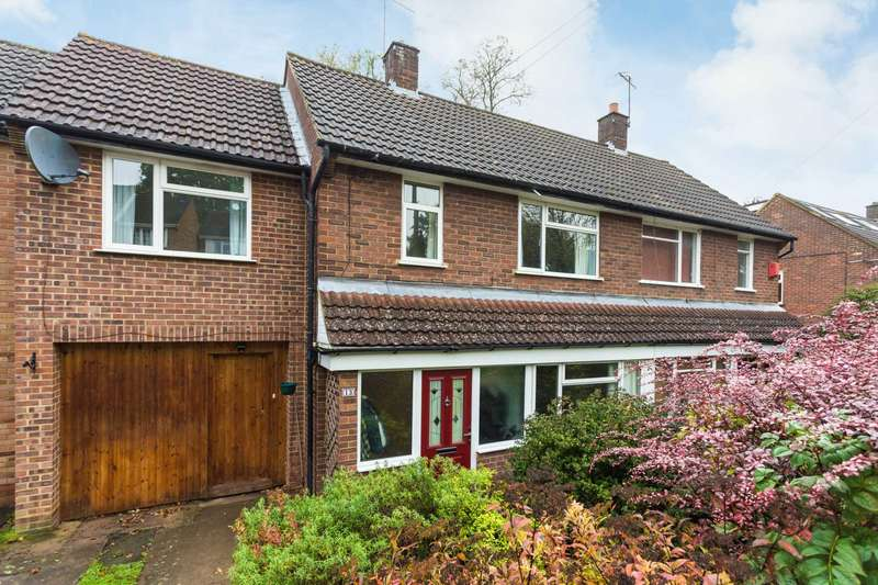 4 Bedrooms Semi Detached House for sale in St. Margarets Close, Berkhamsted