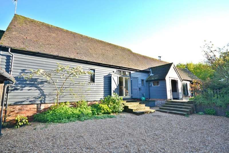 4 Bedrooms Barn Conversion Character Property for sale in Dukes Barn, Lower Pond Street, Duddenhoe End