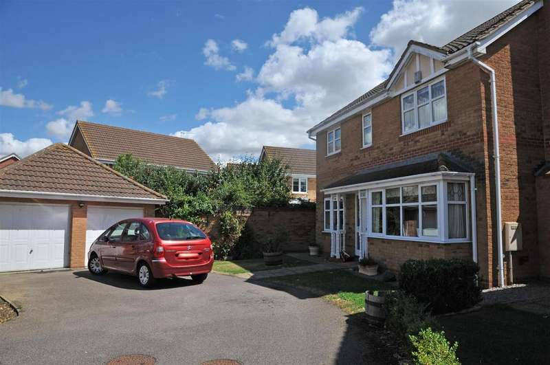 6 Bedrooms House for sale in Alvis Drive, Yaxley, Peterborough