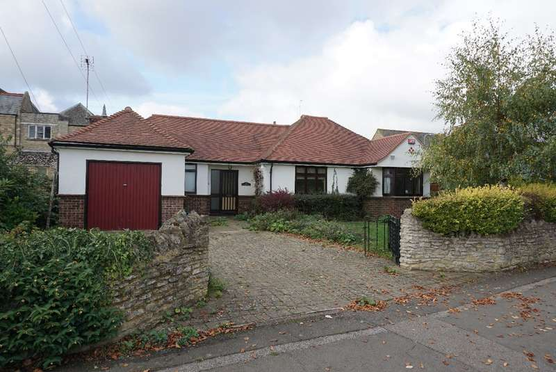 3 Bedrooms Detached Bungalow for sale in EAST STREET, OLNEY